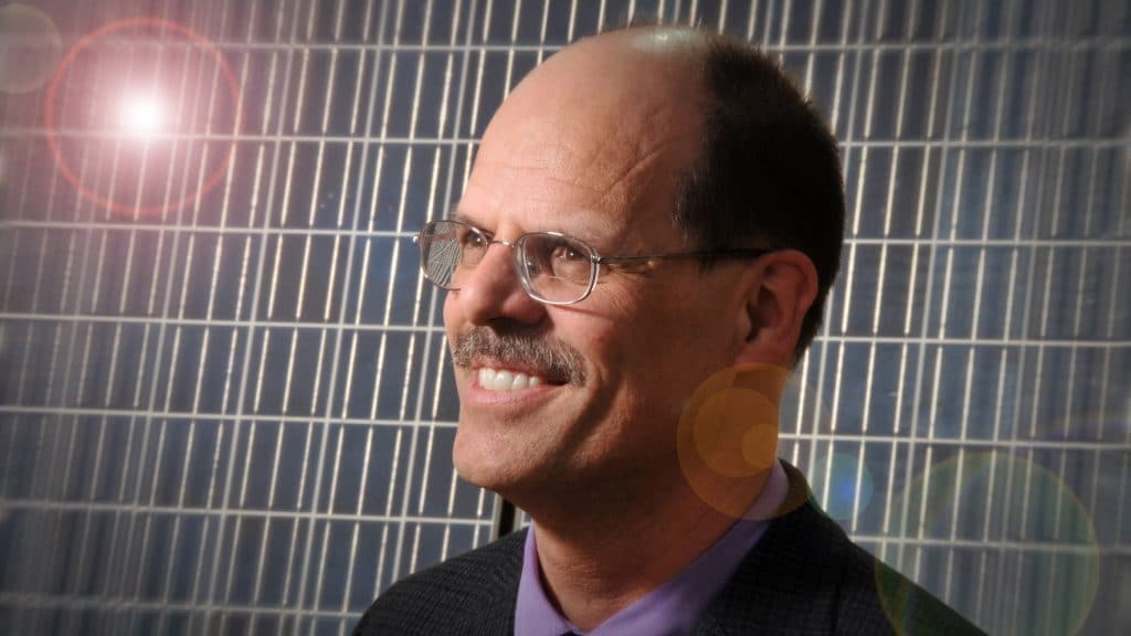 Physicist Harald Ade with a solar panel