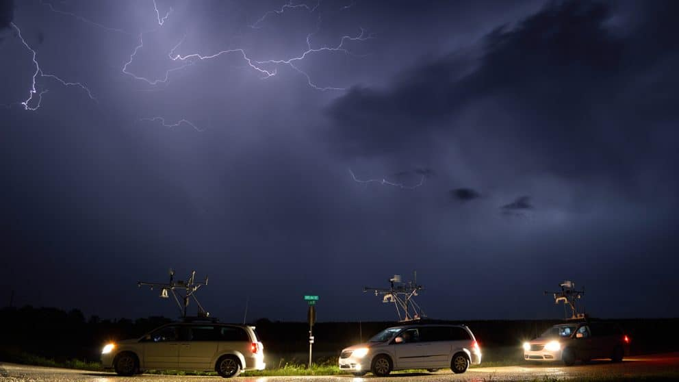 Research Image Contest Winning Photo of Midwestern Thunderstorms by Andy Wade