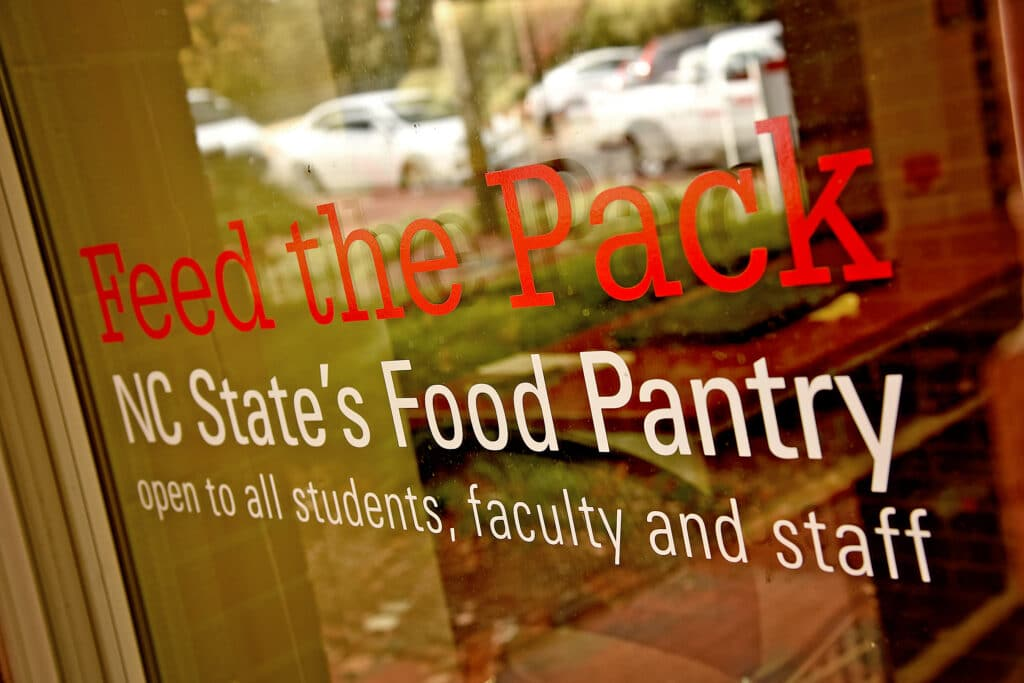 The front window of the Feed the Pack Food Pantry