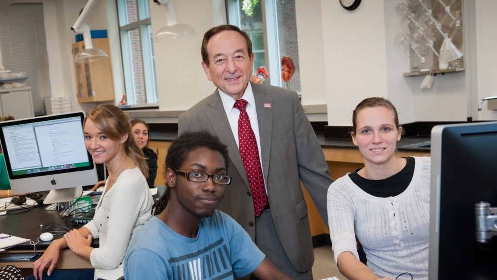 Dean Solomon with students in lab